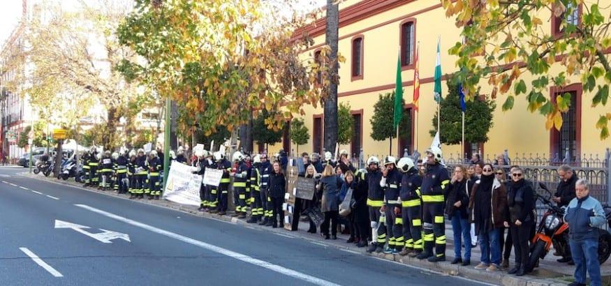 USO_Protesta_Falta_personal_bomberos_Sevilla