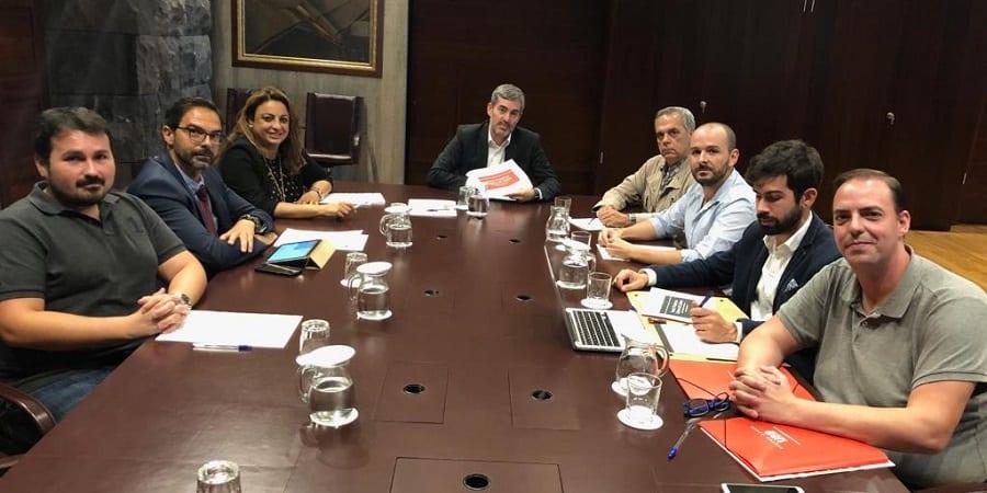 USO_Ryanair_Canarias_reunion_presidente_Clavijo