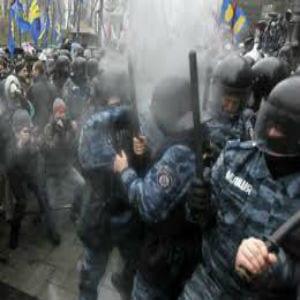 La USO con los ciudadanos de Ucrania y los representantes de sus trabajadores