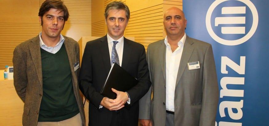Firma del convenio colectivo de Allianz Seguros