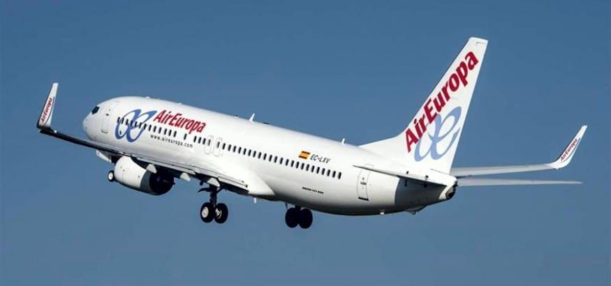 El Supremo vuelve a dar la razón a USO y anula la rebaja salarial de los TCP de Air Europa