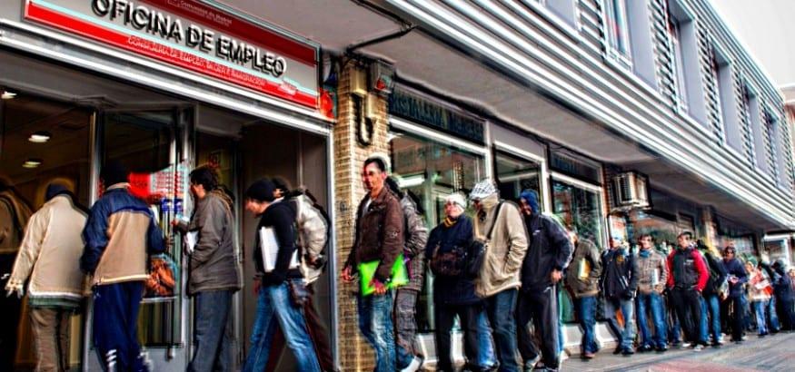 Marzo continúa creando empleo precario