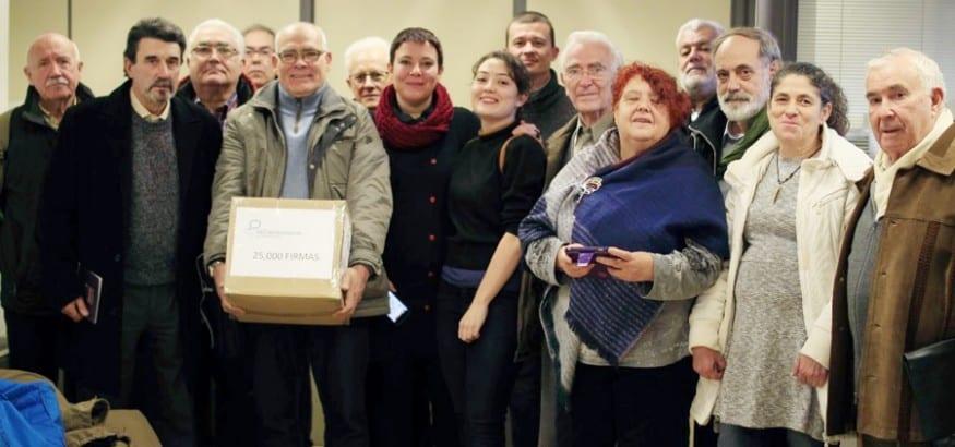 La MERP entrega firmas para blindar las pensiones en las Defensorías del Pueblo
