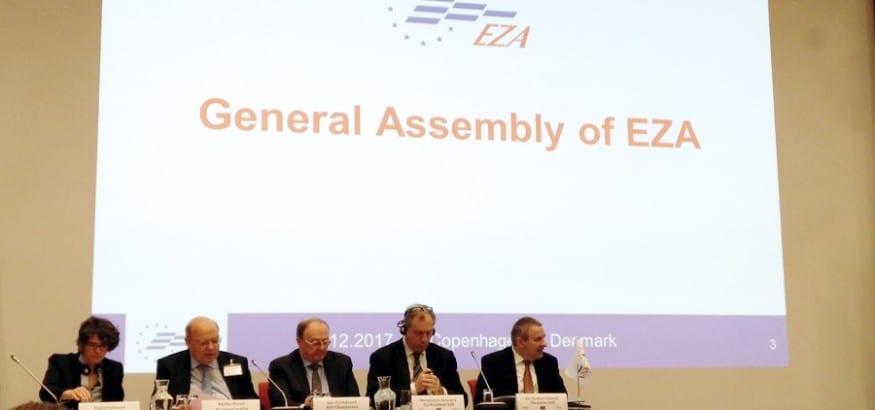 USO participa en la asamblea general de EZA