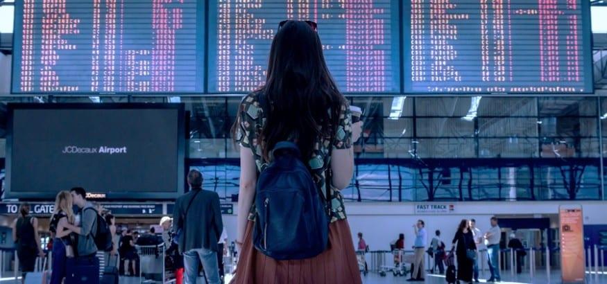 España no crea empleo real, dependemos de que los extranjeros nos elijan para su vacaciones