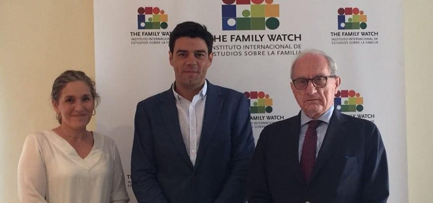 Joaquín Pérez pide horarios racionales en el observatorio sobre empleo y familia
