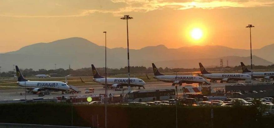 Primera jornada de huelga de TCP de Ryanair: 24 cancelaciones y un seguimiento del 50%