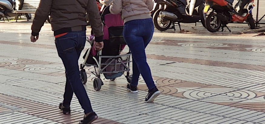 USO se alegra de que Hacienda acepte de oficio la devolución del IRPF de los permisos de paternidad