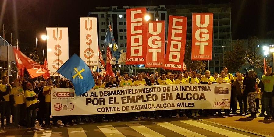 Gran manifestación en Avilés contra el cierre de las plantas de Alcoa y el futuro del empleo