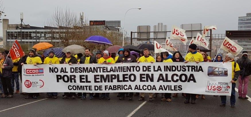 Los trabajadores de Alcoa, en las calles de A Coruña por el mantenimiento del empleo en las dos plantas