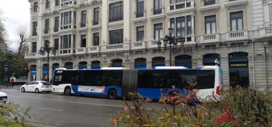Primera jornada de huelga de la TUA en Oviedo, sin incidentes y con alto seguimiento