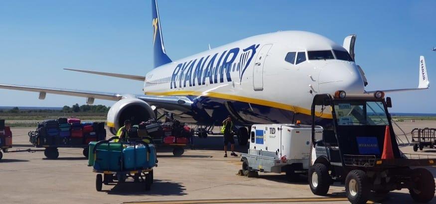 USO y SITCPLA imponen un ultimátum a Ryanair antes de convocar huelga a principios de enero