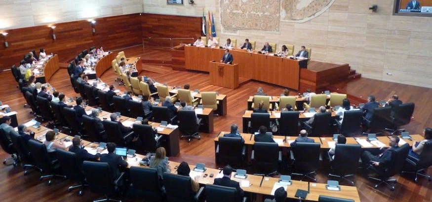 La Asamblea de Extremadura admite a trámite la ILP presentada por FEP-USO