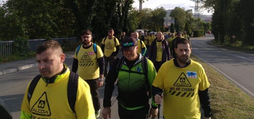 """Los trabajadores de Alcoa-Avilés comienzan la """"Marcha del Aluminio"""" a pie hasta Madrid"""