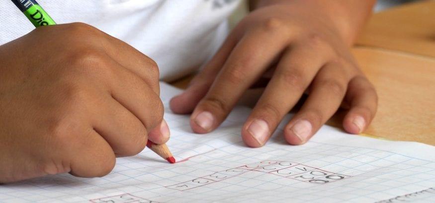 FEUSO firma el acuerdo sobre el registro de la jornada en centros concertados