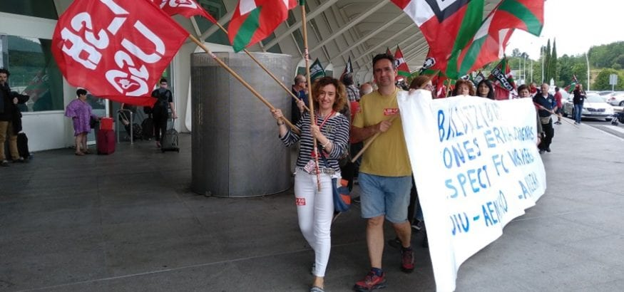 Los trabajadores de aeropuerto de Bilbao retoman mañana la huelga