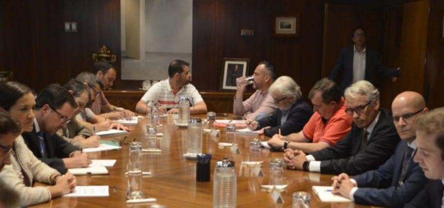 Venta de las plantas de Alcoa de Avilés y A Coruña a Parter garantizando el 100% del empleo