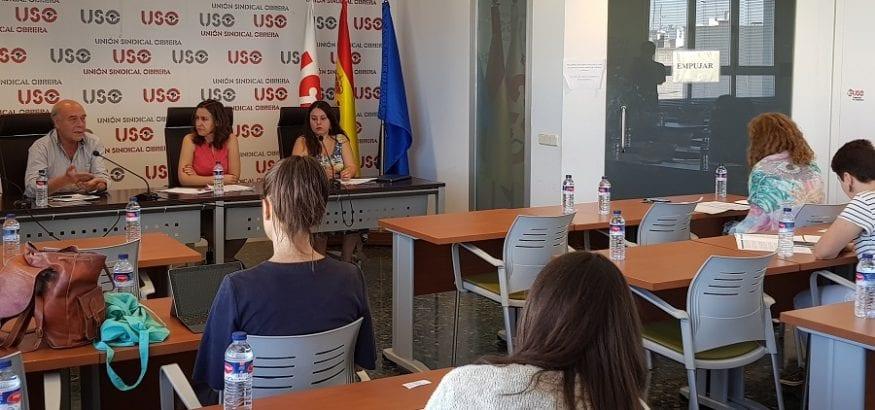 USO denuncia que la hora de trabajo de una mujer vale 2,17 euros menos que la de un hombre