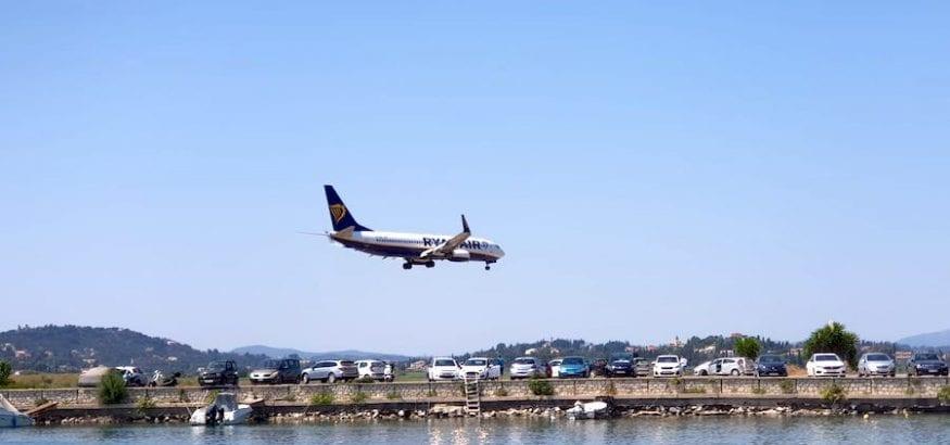 Los TCP de Ryanair llevarán su protesta a los Ministerios de Trabajo y Fomento