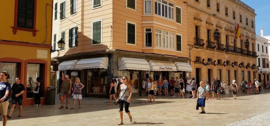 USO-Illes Balears firma el convenio sectorial del Comercio con una subida del 11% en cuatro años