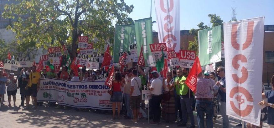 FEUSO-Andalucía protesta en Sevilla ante el bloqueo en la negociación de la Concertada