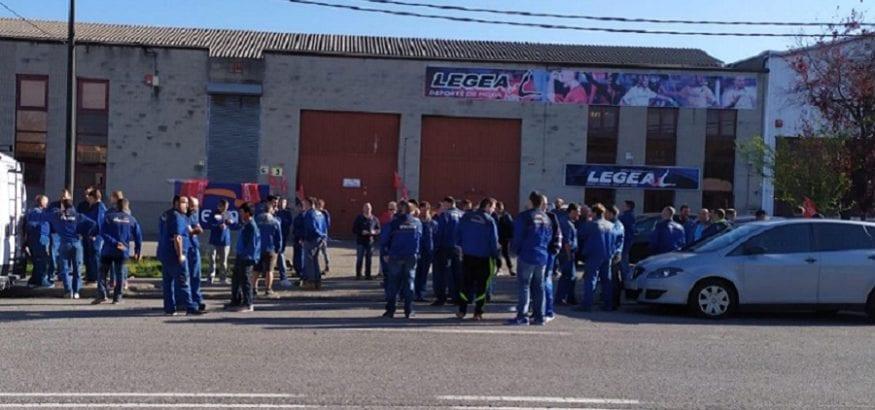 Los trabajadores de Elecnor desconvocan la huelga tras llegar a un preacuerdo con la empresa