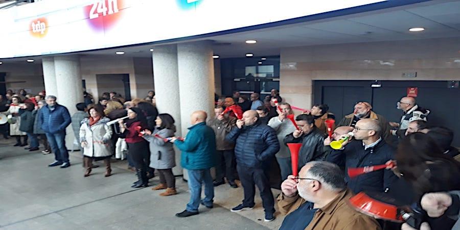 USO estudia un conflicto colectivo contra acuerdo de jornada que desconvoca la huelga en RTVE