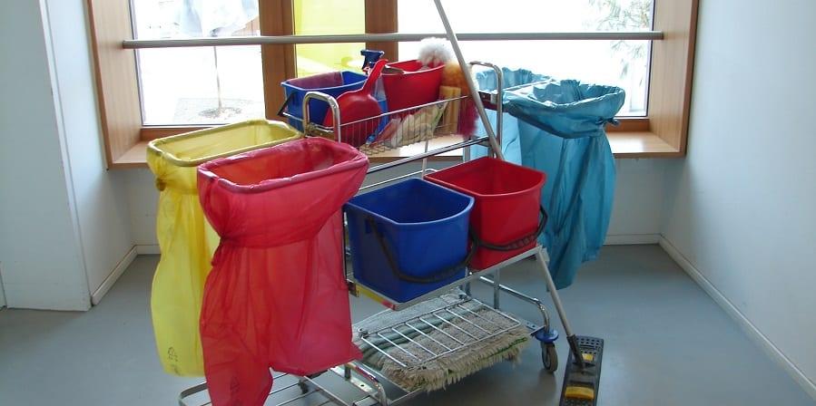 USO denuncia que las trabajadoras de Tempo Facility en Lugo siguen sin cobrar