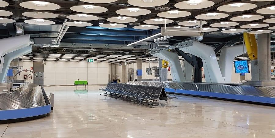 Los trabajadores aeroportuarios más expuestos al contagio reclaman protección frente al coronavirus