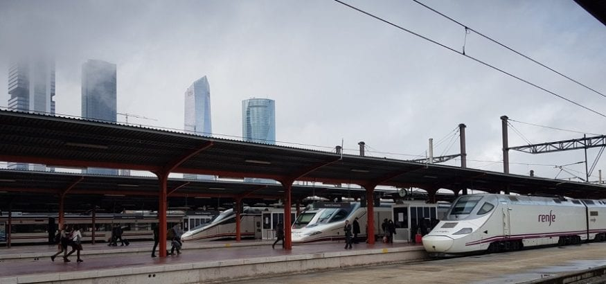 Los trabajadores consiguen que Fomento prorrogue el contrato de Renfe con Ferrovial