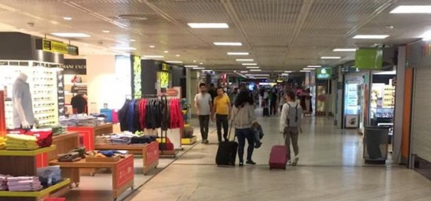 Reivindicaciones de USO en limpieza de aeropuertos y aviones