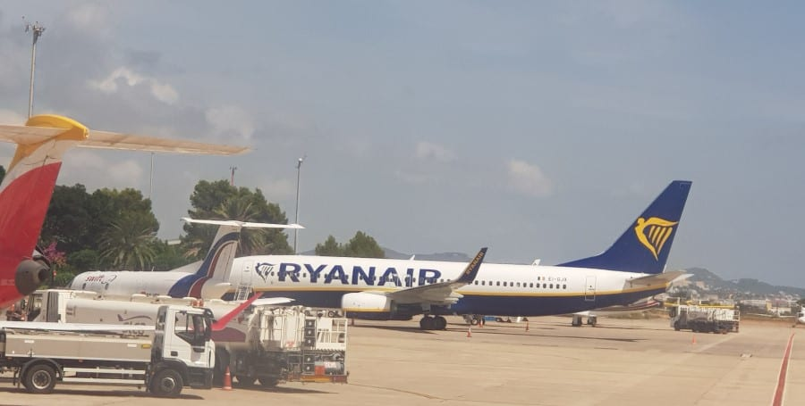 USO anuncia demanda contra la modificación de condiciones en Ryanair