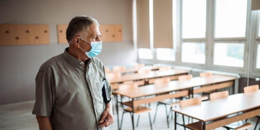 FEUSO pide que no se ponga en riesgo al personal de los centros educativos